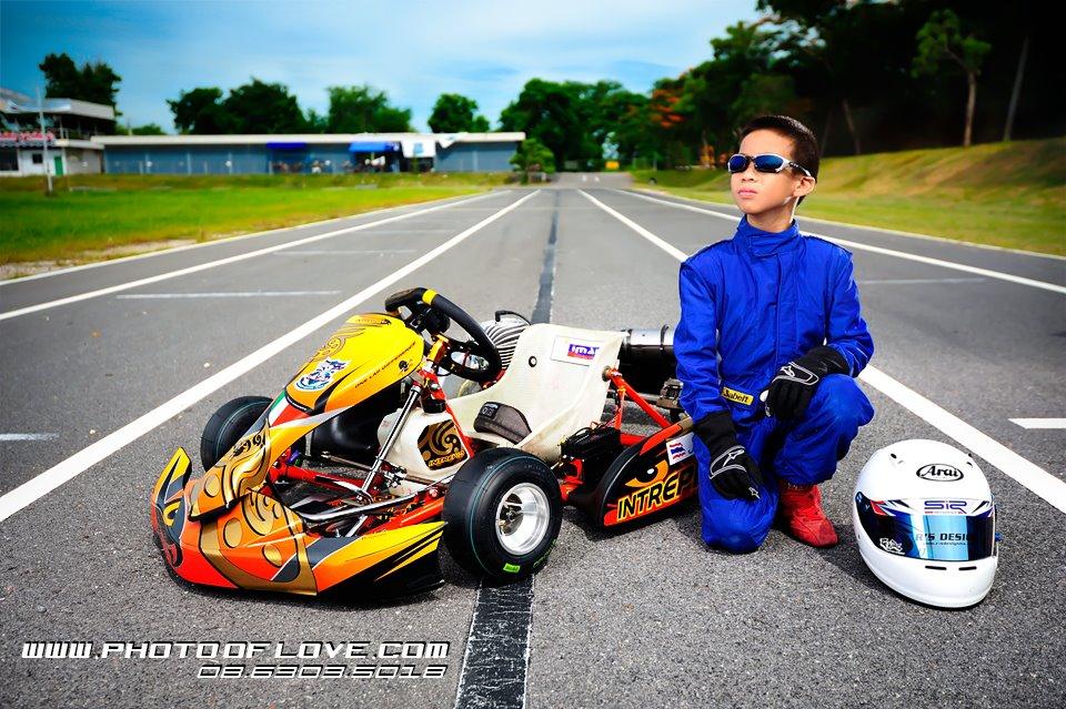ถ่ายภาพพรีเซ็นเตอร์ นักแข่งรถ go kart